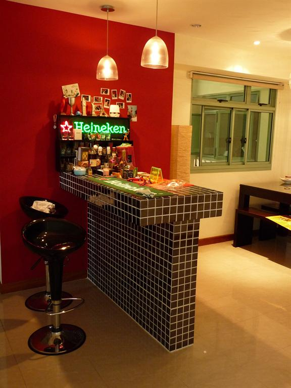 Lighting Decorations your Modern Bar Designing
